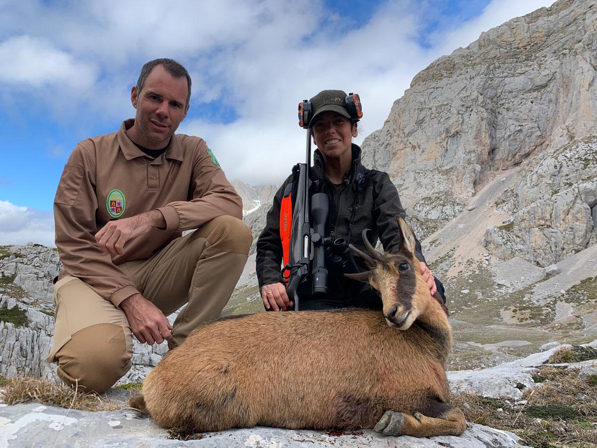 Rececho en Picos de Europa mujeres cazadoras pilar escribano